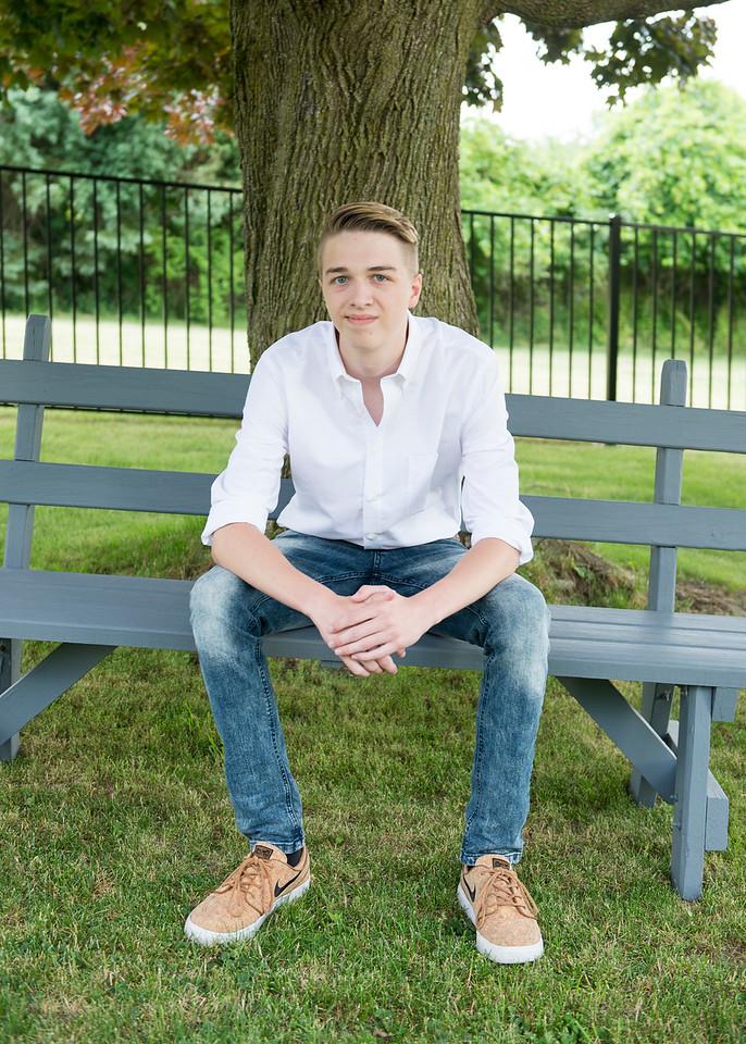 Patrick-Munson-Senior2017-063