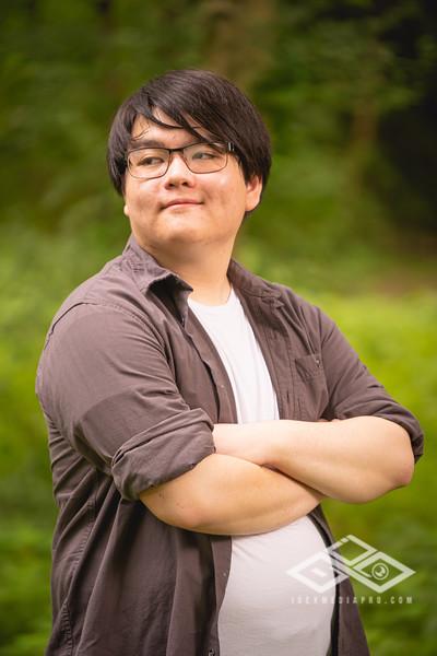 Randy Truong - Senior-00301
