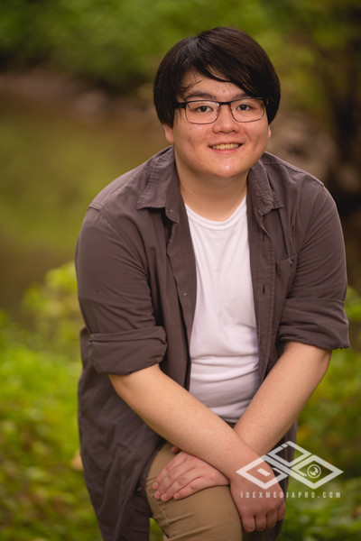 Randy Truong - Senior-00307