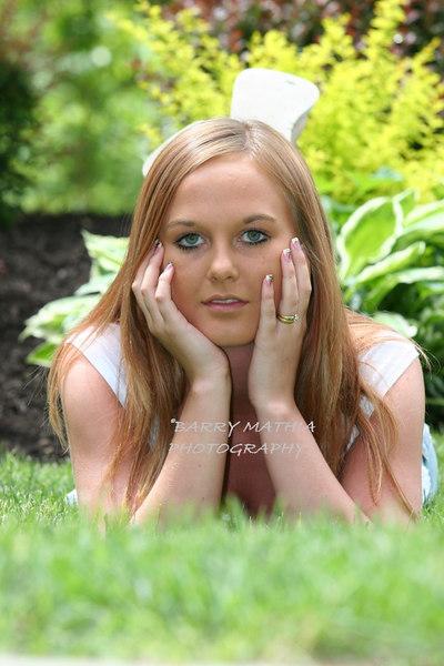 Sarah Reynolds 037
