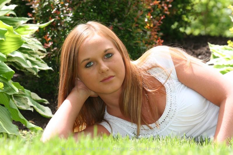 Sarah Reynolds 055