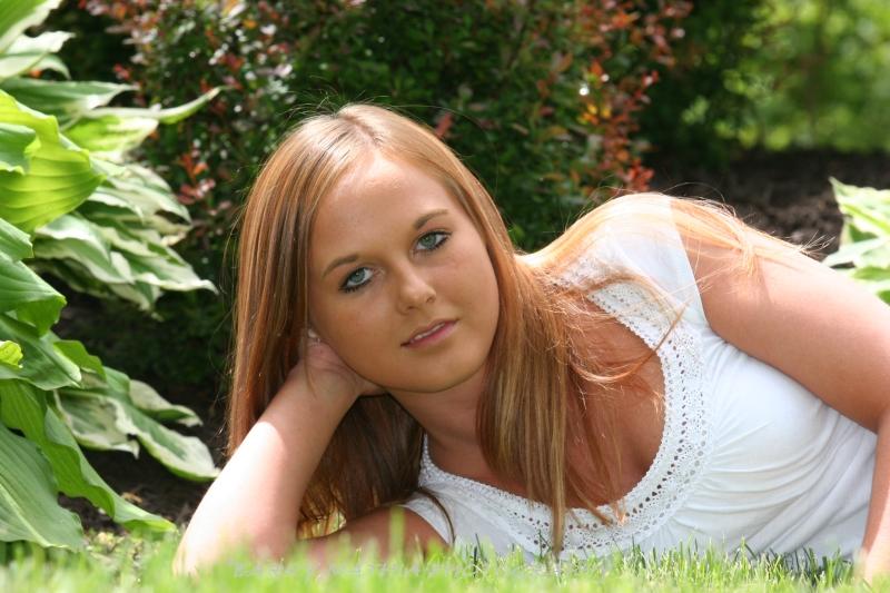 Sarah Reynolds 058