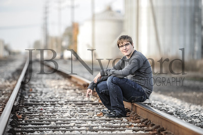 10-29-16 Dylan Stevens - senior photos-8