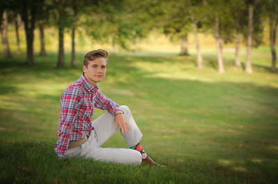 9-06-20 Jay Franklin Oaks III - Senior Pictures-15