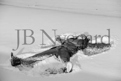 2-07-18 Lani Bischoff - winter Senior Pictures-282