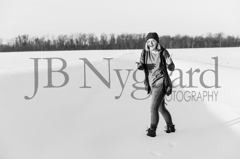 2-07-18 Lani Bischoff - winter Senior Pictures-275