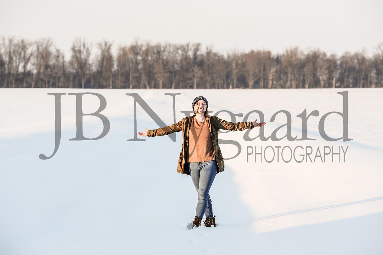 2-07-18 Lani Bischoff - winter Senior Pictures-242