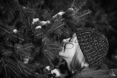 2-07-18 Lani Bischoff - winter Senior Pictures-295