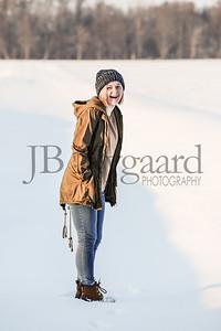 2-07-18 Lani Bischoff - winter Senior Pictures-246
