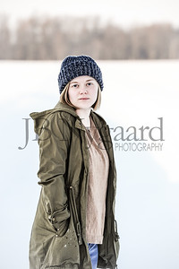 2-07-18 Lani Bischoff - winter Senior Pictures-212