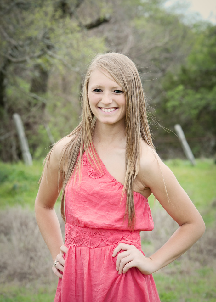 Tealey_Senior-12- 25605_15-Edit