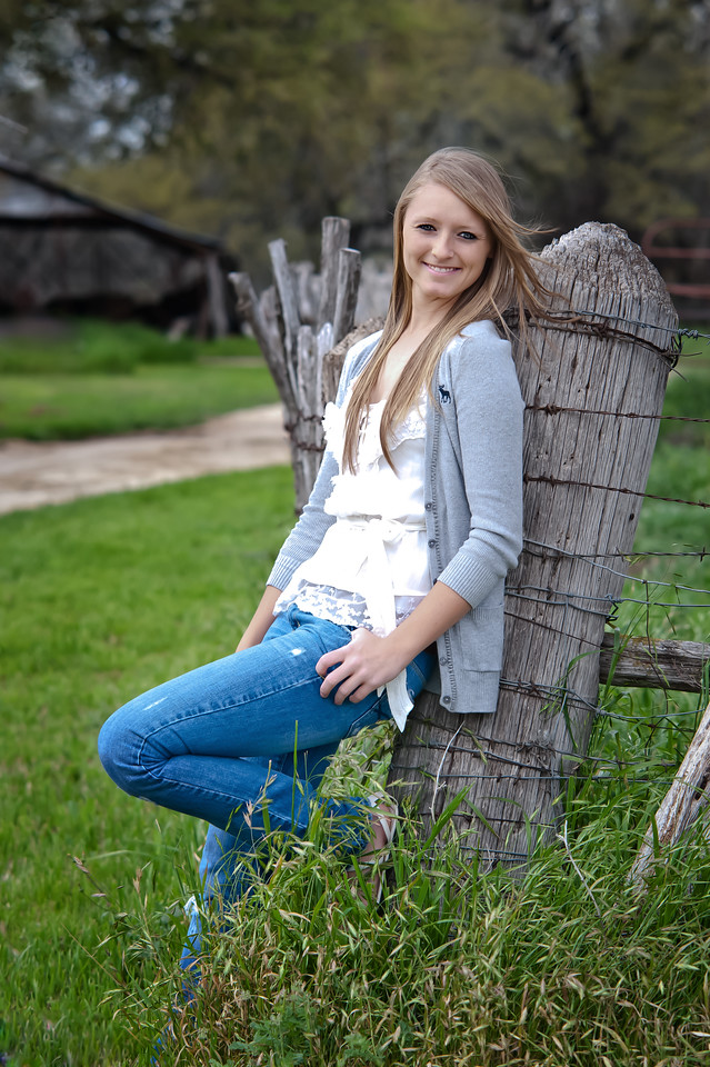 Tealey_Senior-12- 25499_15-Edit-Edit-Edit
