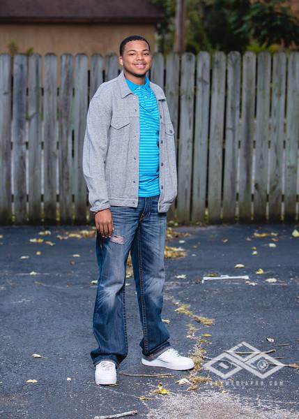 Terrel Senior Portrait-4900