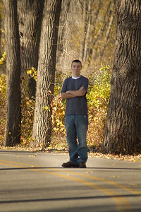 Trents Senior Pictures raw (93)