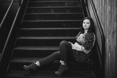 Zoe Cooper Senior Portraits - 10 2020-15
