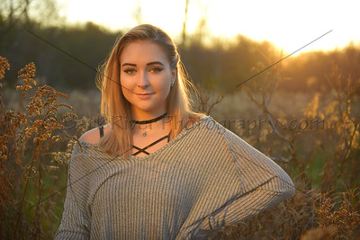 Sunset Senior Photos are a great way to capture the warmth of summer