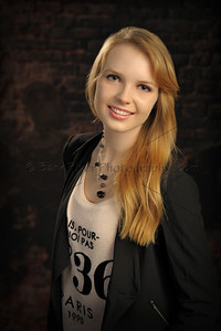 Fashionable Senior Portraits for Hartland, Sussex, Waukesha and beyond.