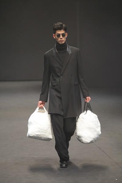 """Seoul Fashion Week """"Cy Choi"""""""
