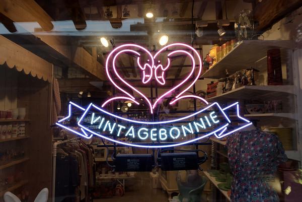 Vintage Bonnie