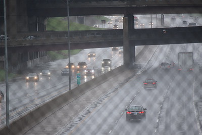 A look at I-75 late in the morning on Thursday, Sept. 29, 2016 after flooding slowed traffic. Photo by John Turk / Digital First Media.