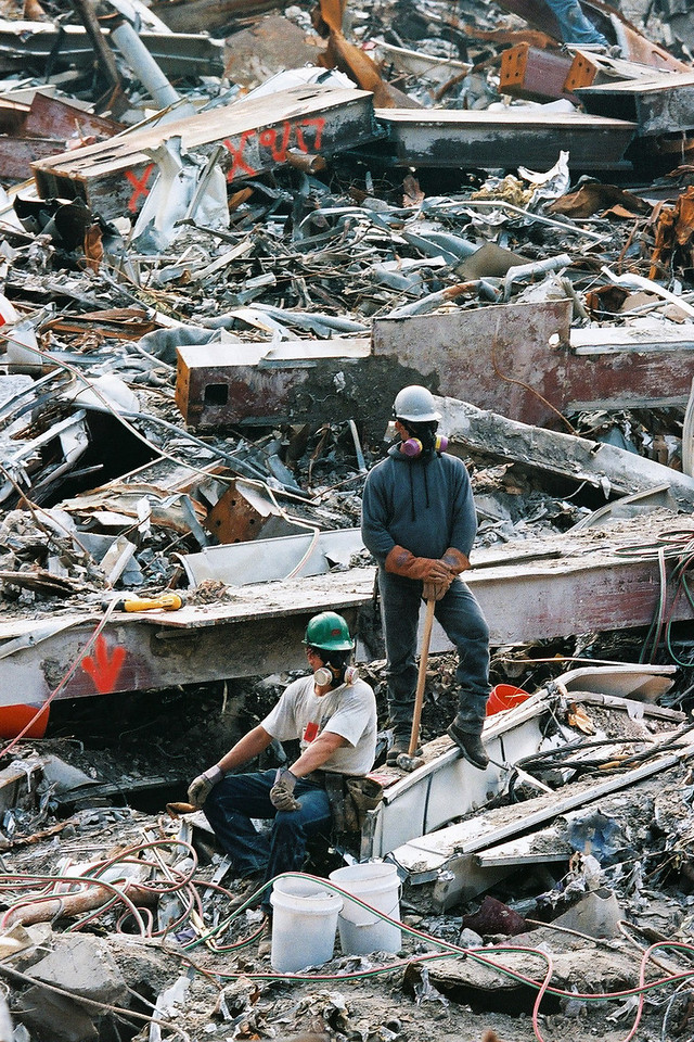 9-21-2001<br /> New York, NY<br /> Workers at ground zero.