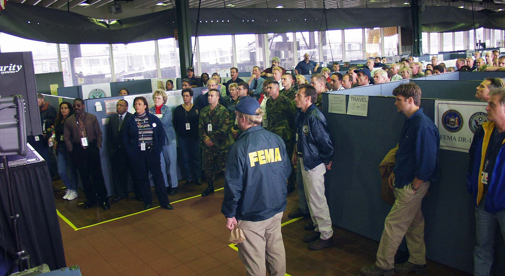 DR-1391-NY<br /> 10-1-2001<br /> Presisdent Bush Address FEMA / State workers at the New York DFO.