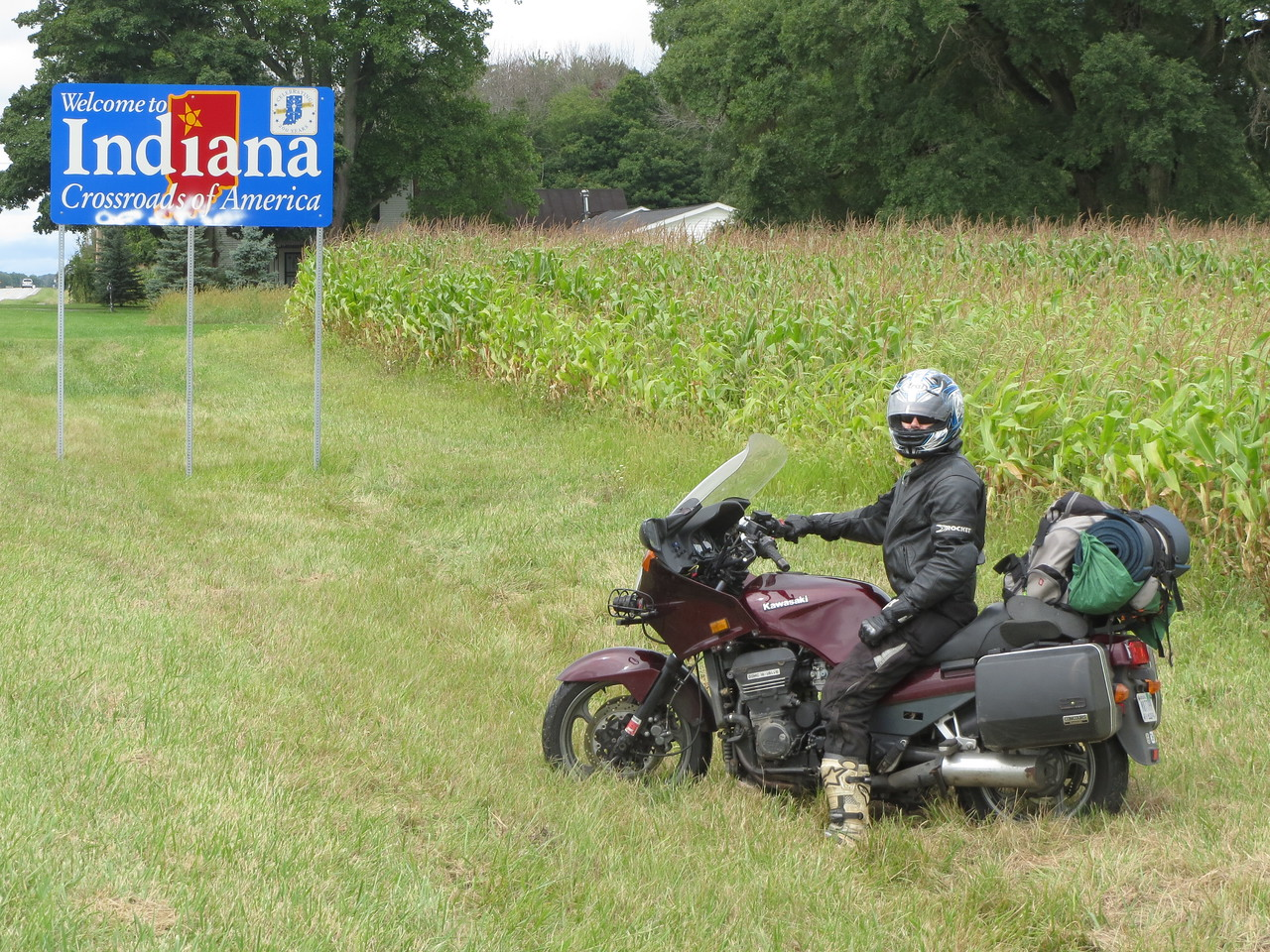 Day 1 (681 miles): Matt, who is originally from Indiana, at the first of many state lines