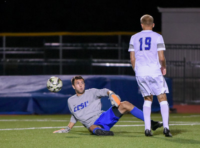 092116  Wesley Bunnell | Staff  CCSU Men's Soccer hosted Manhattan College on Wednesday evening. Junior Goalkeeper Carson D'Ambrosio #25 and Sophomore Midfielder Quentin Lux #19.