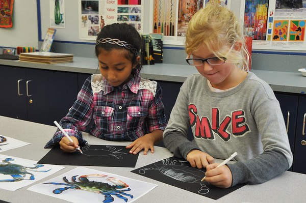 Second Graders Get Crabby in Art Class