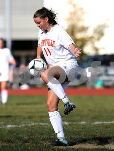 9/27/2017 Mike Orazzi | Staff Terryville's Madison Maske (11) during Wednesday's soccer match with Litchfield.