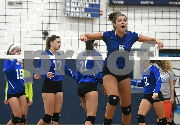 9/13/2017 Mike Orazzi | Staff Southington's Erica Bruno (6) Wednesday night.