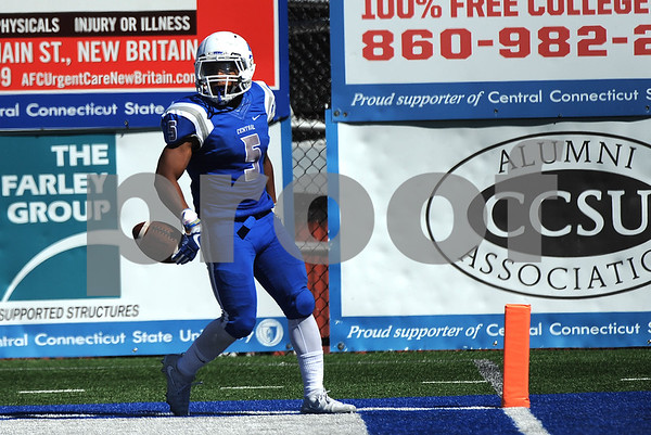 9/23/2017 Mike Orazzi | Staff CCSU's Cameron Nash (5) during Saturday's football game with in New Britain.