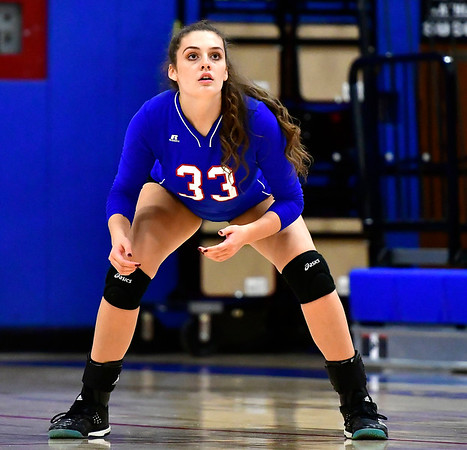 9/27/2018 Mike Orazzi   Staff St. Paul Volleyball's Kelsi Blatchley (33) Thursday night in Bristol.