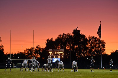 De La Salle plays Centra Catholic in the second quarter of their game at Central Catholic High School in Modesto, Calif. on Friday, Aug. 30, 2019. (Jose Carlos Fajardo/Bay Area News Group)