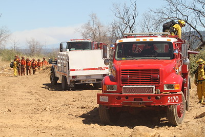 Crews prepare for ground work Friday east of Oroville to help keep the Forbestown Fire from spreading. (Jake Hutchison -- Enterprise-Record)