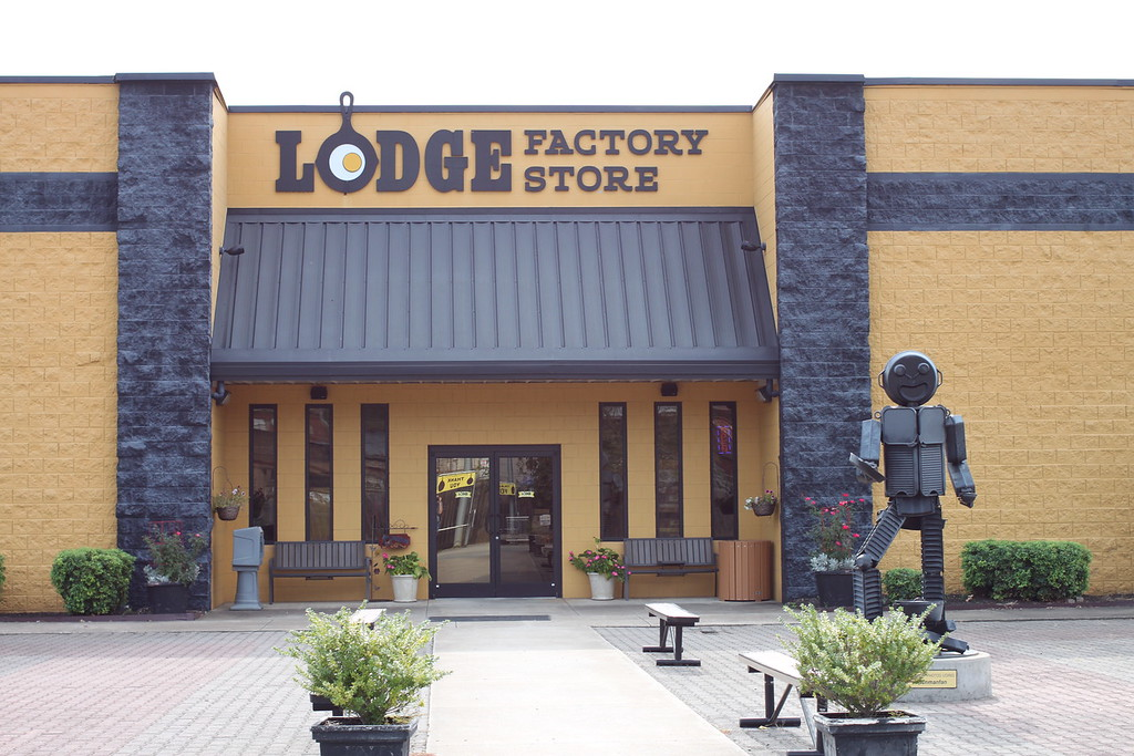 Lodge Factory Store South Pittsburg