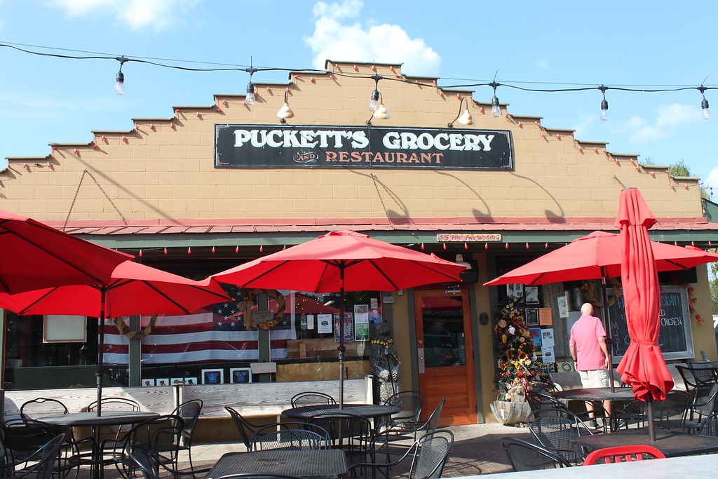 Puckett's Grocery, Franklin
