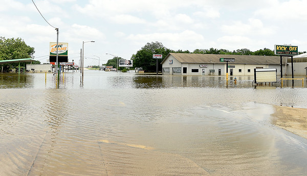 A large portion of Steve Owens Boulevard in Miami is flooded after heavy rain in May, 2019. Though the waters receded, many areas of the town were still under water and numerous streets and roads remained closed. <br /> Globe | Laurie SIsk