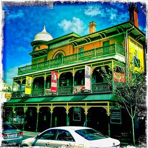 Perth Pub.