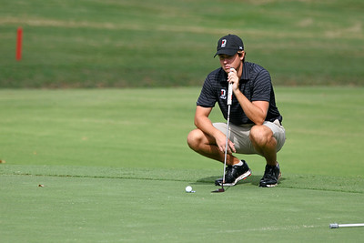 Davidson junior Ethan Hall during the first round of the River Run Collegiate tournament.