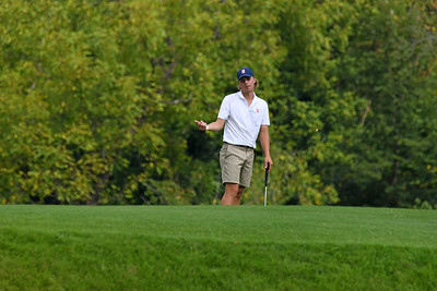 A Radford golfer attempts to direct the golf ball.