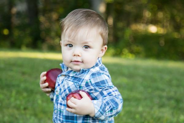 Apples 12