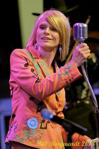 Lisa Hewitt - Little Ole Opry