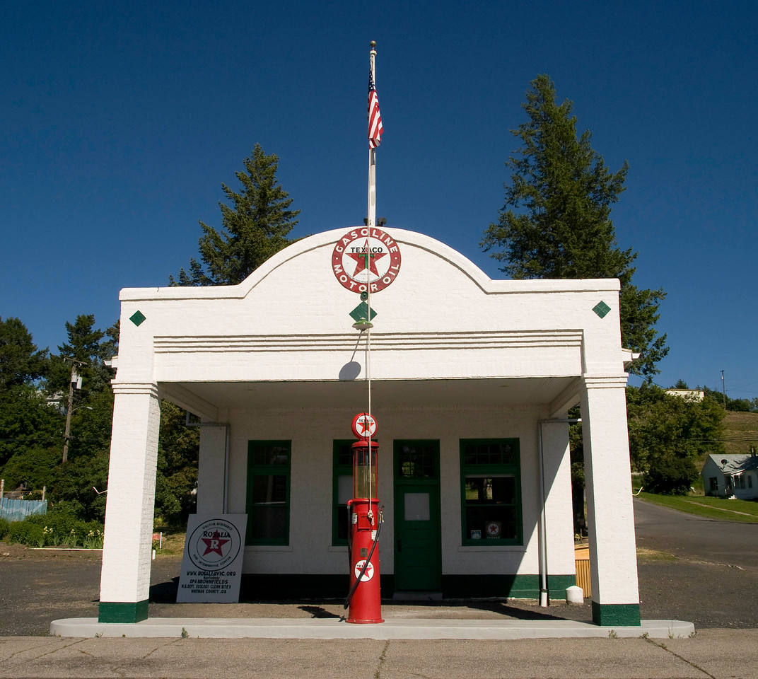 Restored Texaco in Rosalia, Wa, used as a visitors' center