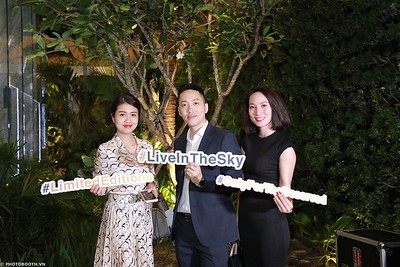 Serenity-Sky-Villas-Grand-Opening-instant-print-photo booth-chup-hinh-in-anh-lay-ngay-Su-kien-WefieBox-photobooth-Vietnam-43