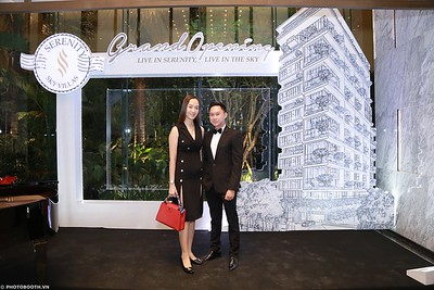 Serenity-Sky-Villas-Grand-Opening-instant-print-photo booth-chup-hinh-in-anh-lay-ngay-Su-kien-WefieBox-photobooth-Vietnam-48