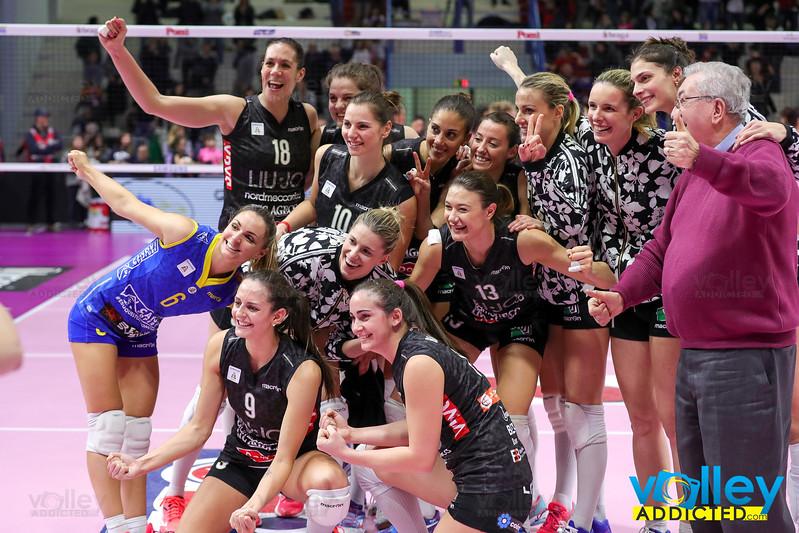 iLoveVolley  VolleyAddicted  SamsungGearVolleyCup Pomì Casalmaggiore 1 - Liu  Jo Nordmeccanica Modena 3 8 540dc332037