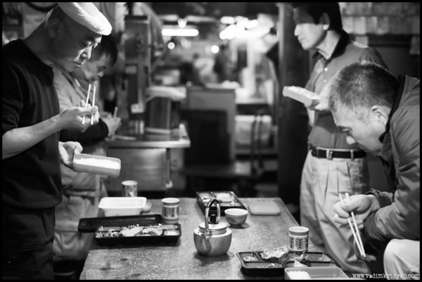 Lunch time after day being over at the Tsukiji Fish Market, Tokyo,2014