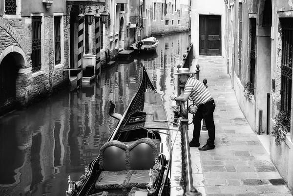 Gondolier, Venice, 2016
