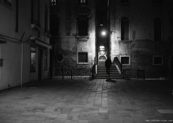 Calle (Narrow Street) at Night, Venice, 2016